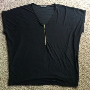 Black polyester shirt with gold zipper